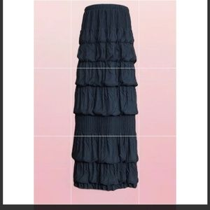 Bubble Ruffle Tiered Skirt
